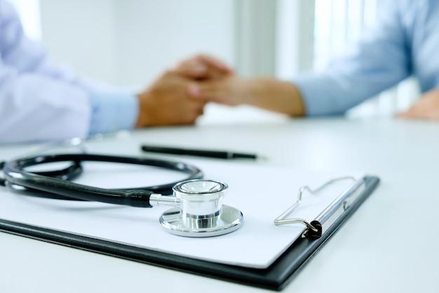 Medico e paziente.