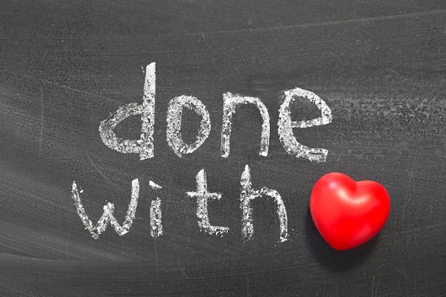 Fatto con una frase d'amore scritta a mano sulla lavagna della scuola