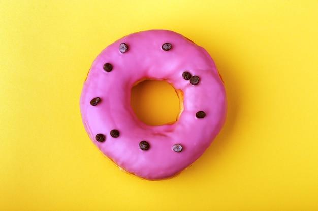Ciambelle con glassa rosa