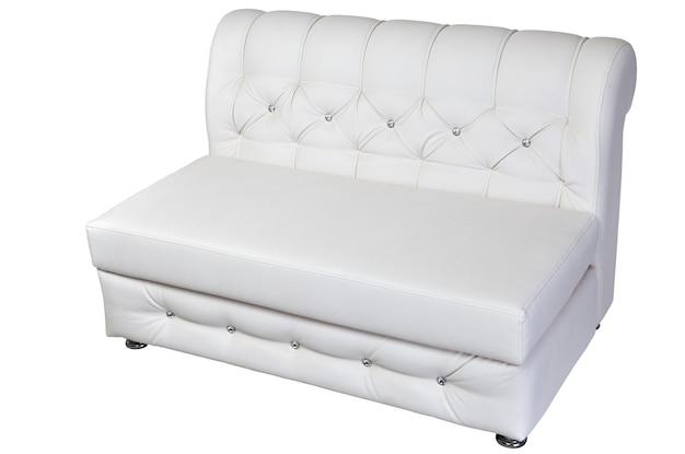 Divano a due posti lounge in pelle bianca isolata