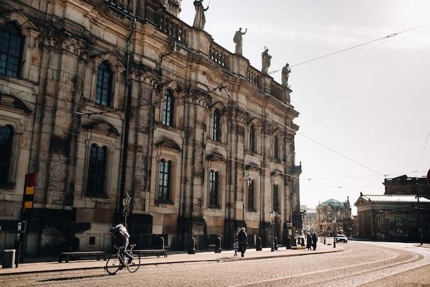 Dresda, architettura ed edifici di dresda germany.streets della città vecchia di dresda.