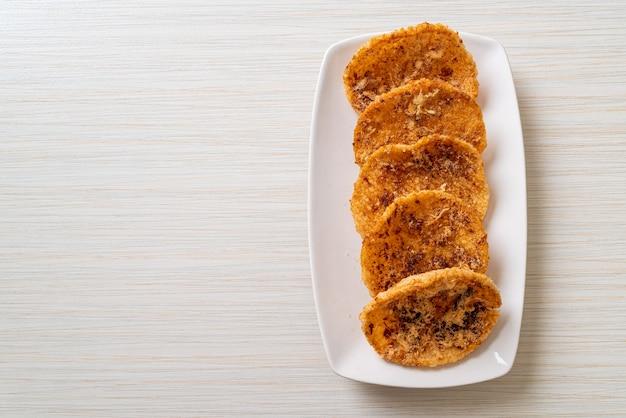 Cracker di riso tritato di maiale secco