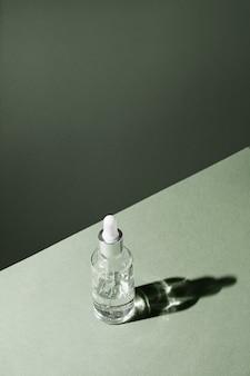 Flacone contagocce mockup trattamento corpo e prodotti di bellezza naturali spa eco crema siero cura della pelle...