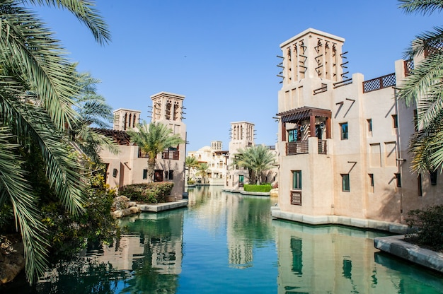 Dubai, emirati arabi uniti - 05 aprile: al qasr resort significa