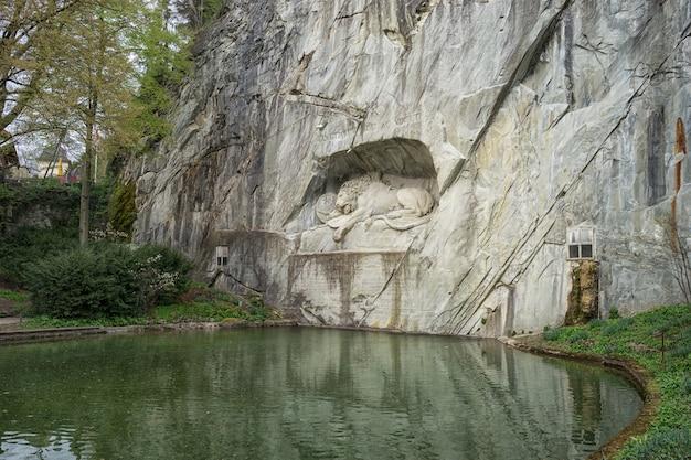 Lion wall monument morente, lucerna svizzera