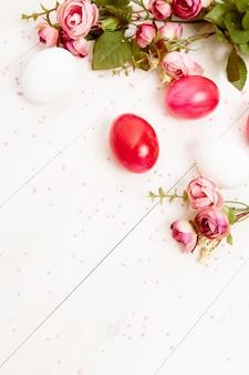 Uova di pasqua fiori decorazione vacanze primaverili