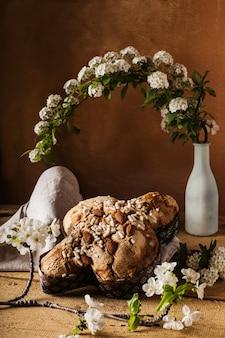 Composizione torta italiana di pasqua