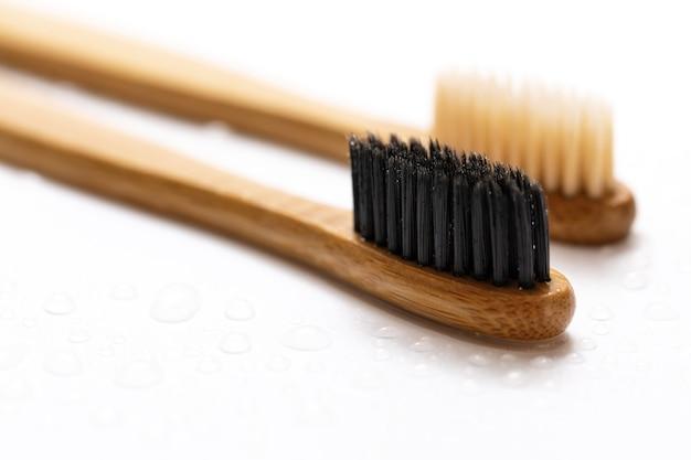 Spazzolini da denti ecologici in bambù