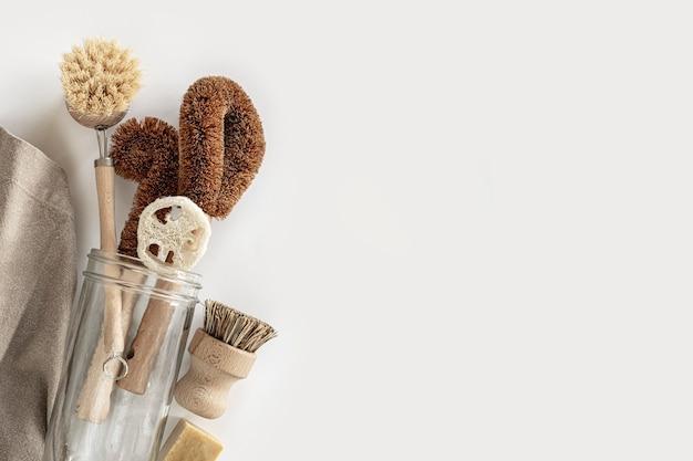 Strumenti di pulizia naturali ecologici, spazzole per piatti in bambù, asciugamano, barattolo di vetro, sapone naturale