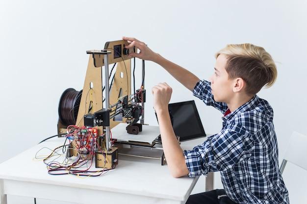 Istruzione, bambini, concetto di tecnologia