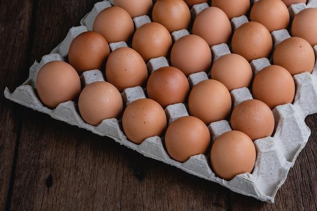 Le uova sono nel pannello