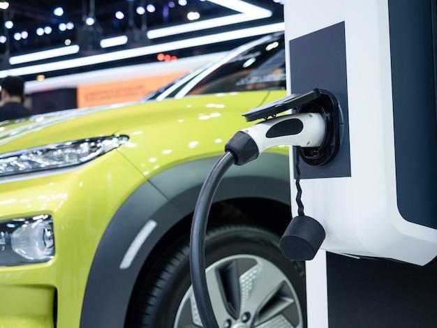 Spina del veicolo di ricarica elettrica per ricaricare la batteria dell'energia pulita dell'auto per un concetto futuro