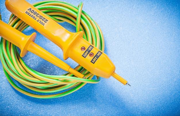 Tester elettrico e filo