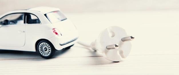Ricarica di veicoli elettrici, trasporto del futuro