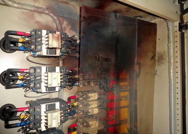 Fusibile hrc del pannello di controllo del banco di condensatori elettrico a bassa tensione bruciato
