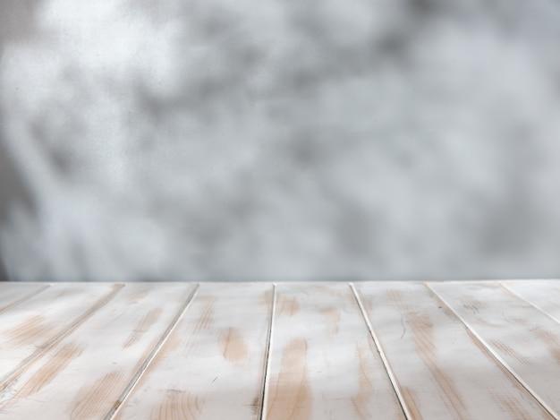 Sfondo vuoto con ombre naturali per la presentazione del prodotto