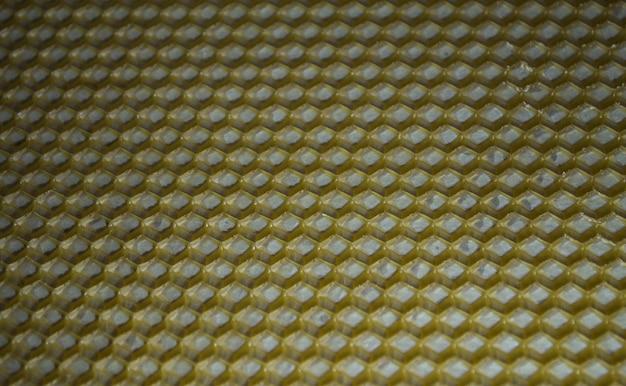 Favi vuoti non riempiti di miele