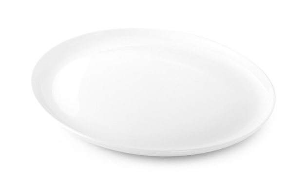 Piatto vuoto isolato su sfondo bianco.