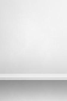 Scaffale vuoto su un muro bianco. scena del modello di sfondo. sfondo verticale