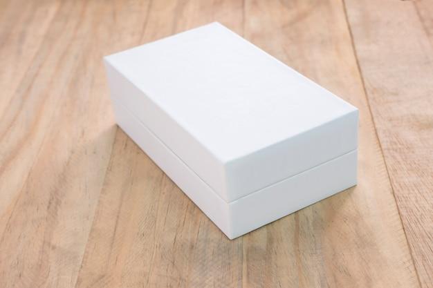Scatola bianca vuota mock up per prodotto