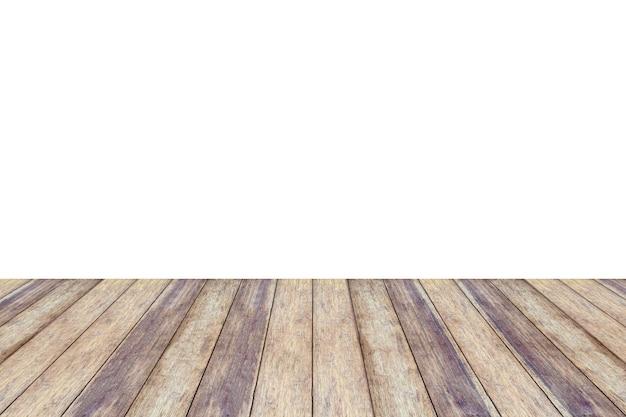 Piano d'appoggio in legno vuoto isolato su sfondo bianco per il montaggio dell'esposizione del prodotto