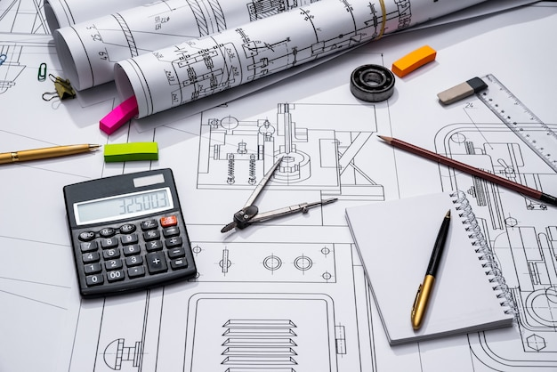 Disegni e strumenti di ingegneria
