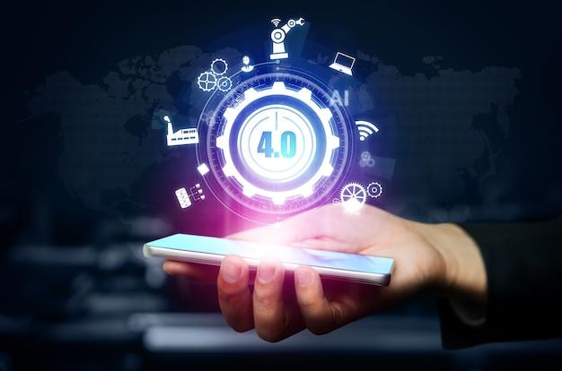 Tecnologia di ingegneria e concetto di fabbrica intelligente dell'industria