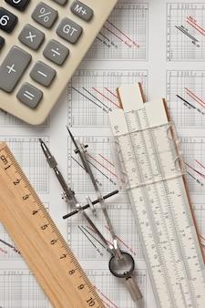 Strumenti di ingegneria su disegno tecnico