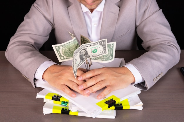 Imprenditore concetto di inizio di profitto