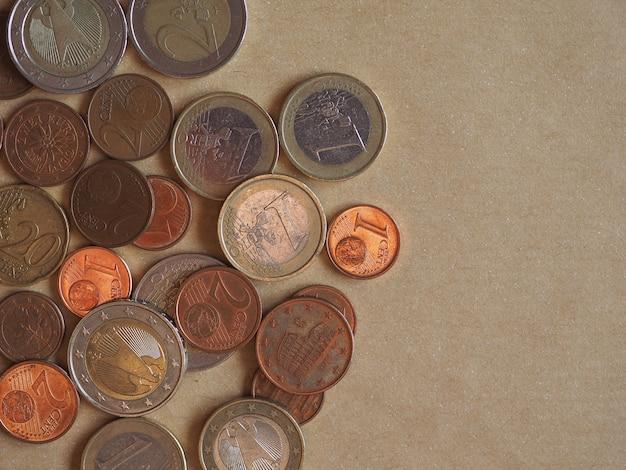 Monete in euro, unione europea con copia spazio