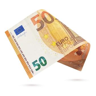 Banconota da cinquanta euro europea isolata su una superficie bianca.