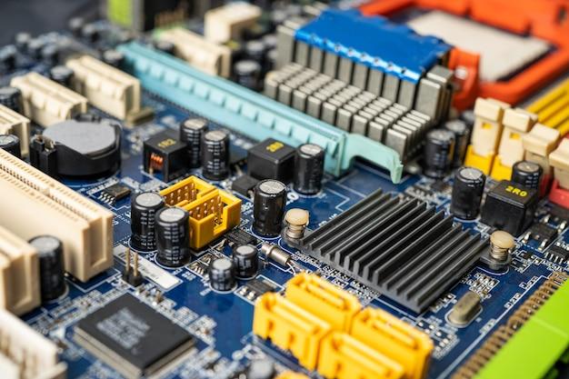 Ewaste il circuito del computer elettronico