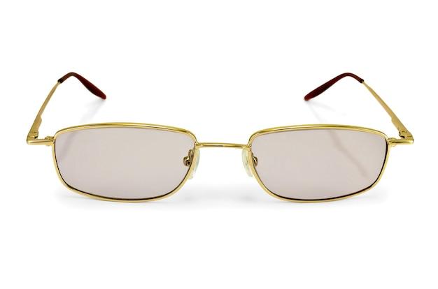 Occhiali da vista con vetri colorati isolati su priorità bassa bianca
