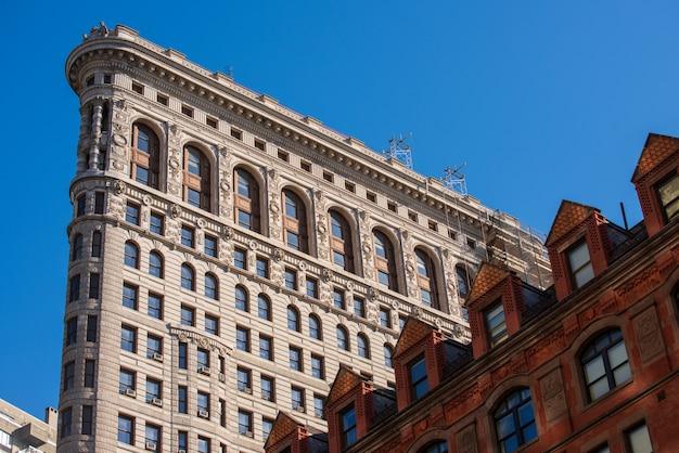 Facciata del flatiron building di new york
