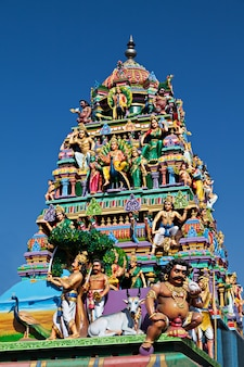 Facciata del tempio indù