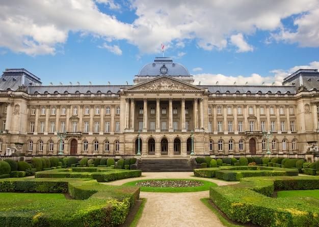 Facciata del palazzo reale a bruxelles, belgio