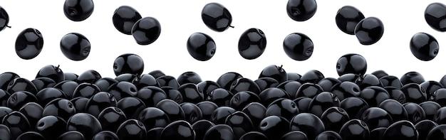Olive nere che cadono isolate su bianco, mucchio di olive in salamoia nere, senza cuciture