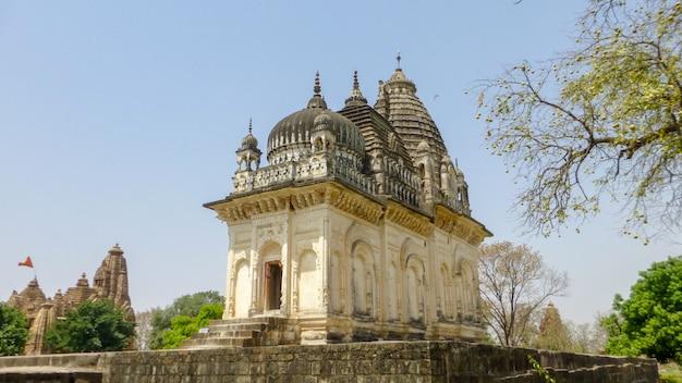 Punto di riferimento turistico famoso indiano del madhya pradesh - tempio di kandariya mahadev, khajuraho, india