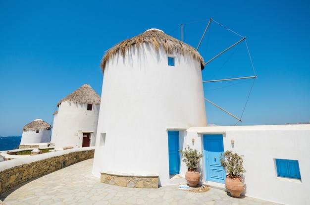 Famoso punto di riferimento mulino a vento, mykonos in grecia.