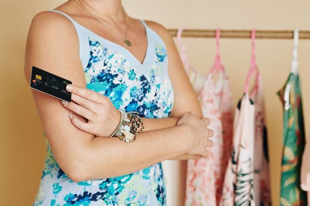 Cliente di boutique di moda