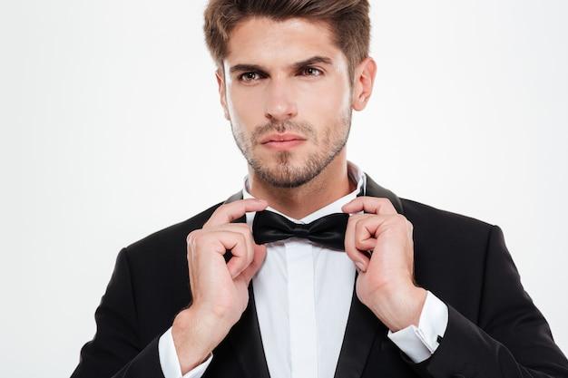 Uomo d'affari di moda. con papillon