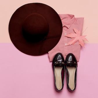 Completo alla moda per scarpe da donna e cappello city fashion