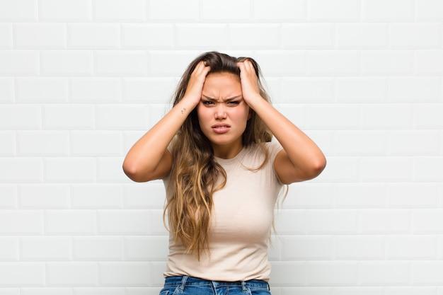 Sentirsi frustrati e infastiditi, malati e stanchi di fallire, stufi di compiti noiosi e noiosi