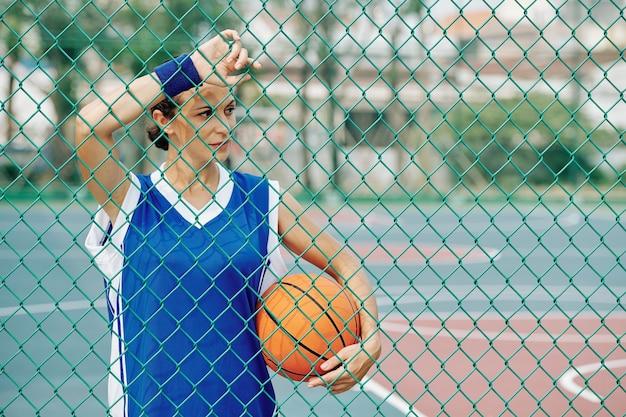 Giocatore di basket femminile