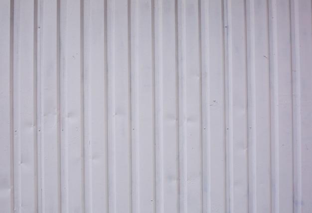 Recinto di vecchia foglia di metallo. primo piano