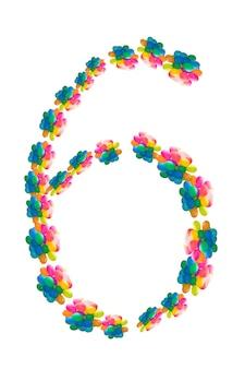 La figura è sei delle sfere di colore dell'aria. isolato su sfondo bianco