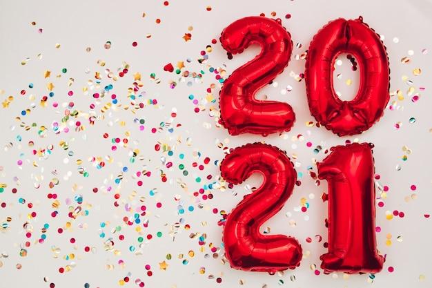 Figure 2021 da palloncini, il concetto di nuovo anno