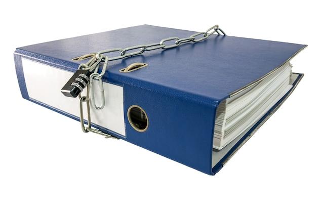 Rapporto sulle cartelle di file sulla tabella bloccata con portachiavi.