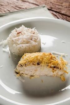 Filetto di eglefino con riso al cocco