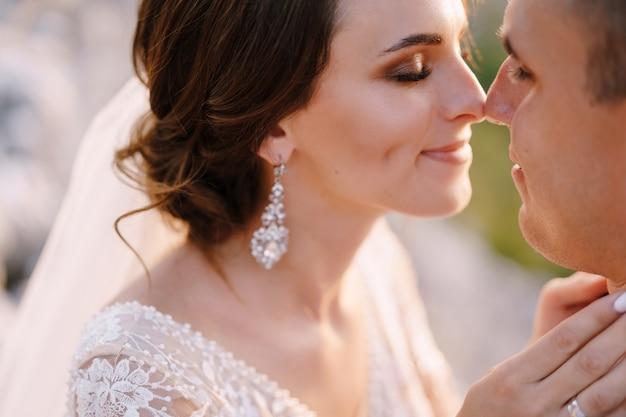 Fineart foto di matrimonio di destinazione in montenegro monte lovchen